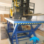 Подъемные столы для колесной техники